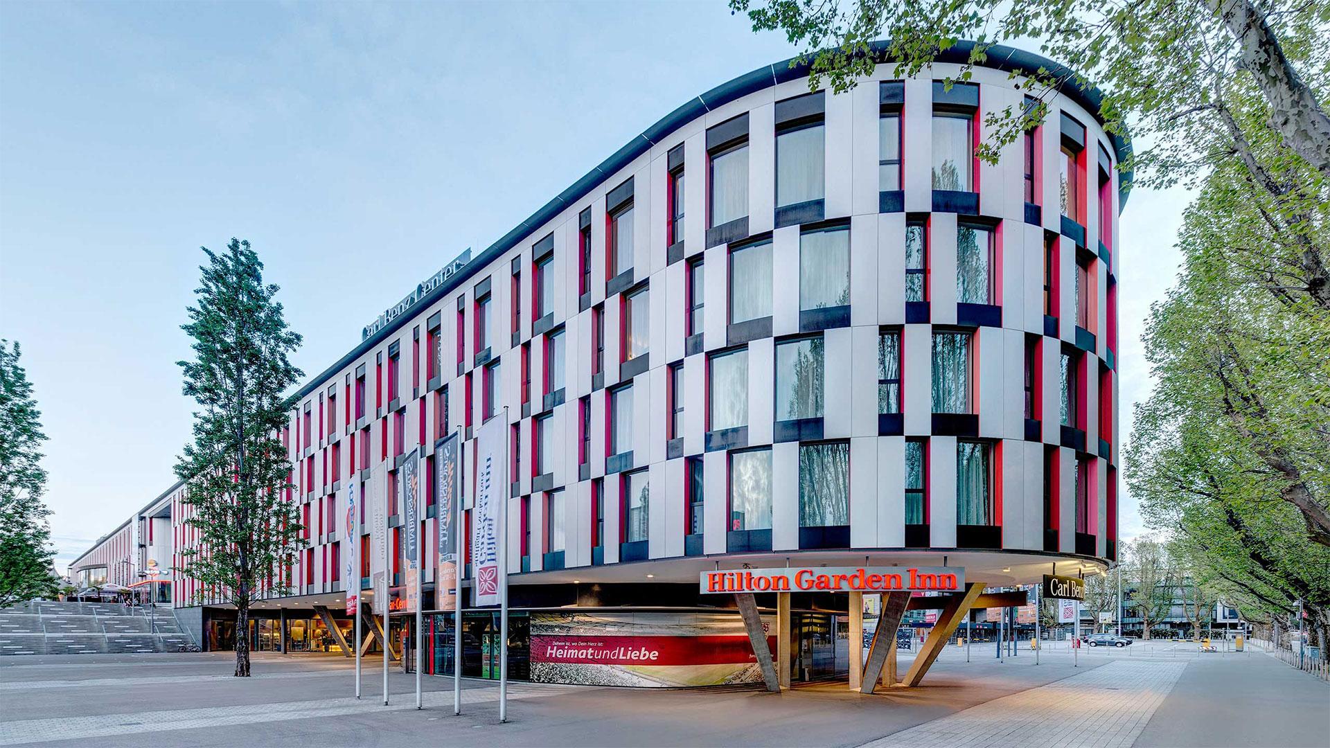 Aussenansicht -01- Hilton Garden Inn Stuttgart NeckarPark
