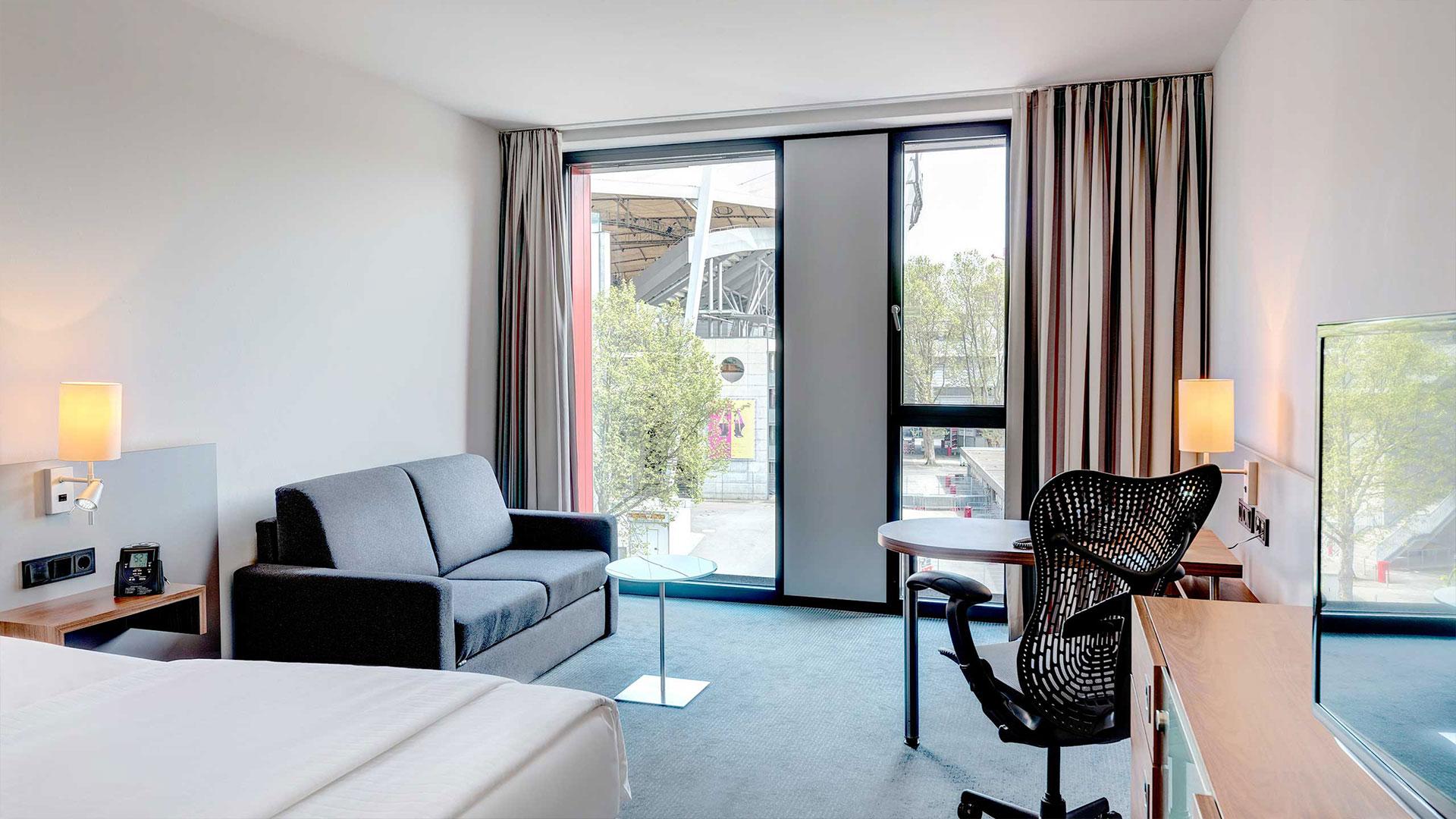 Foto einer Zimmeransicht - 05 - Hilton Garden Inn Stuttgart NeckarPark