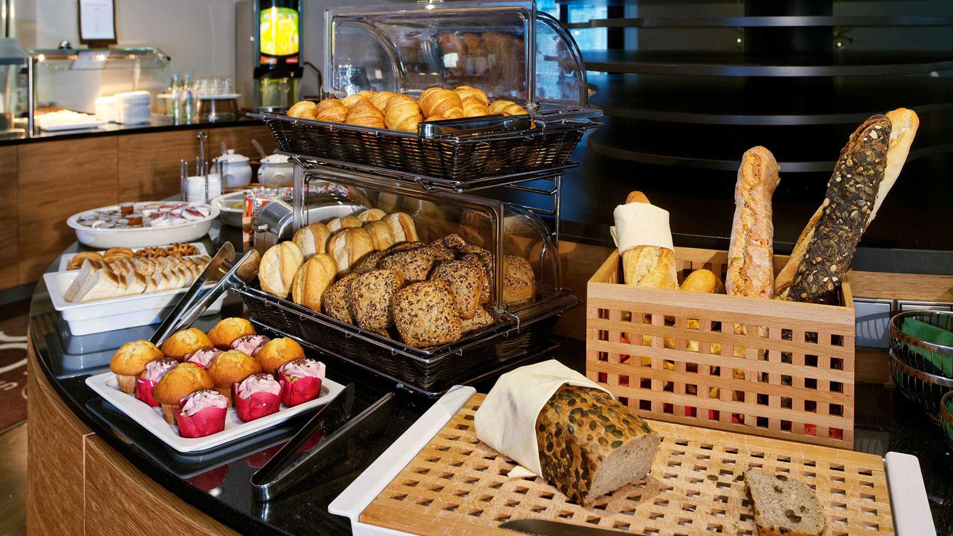 Photo of the breakfast area - 02 - Hanse Hotel Attendorn