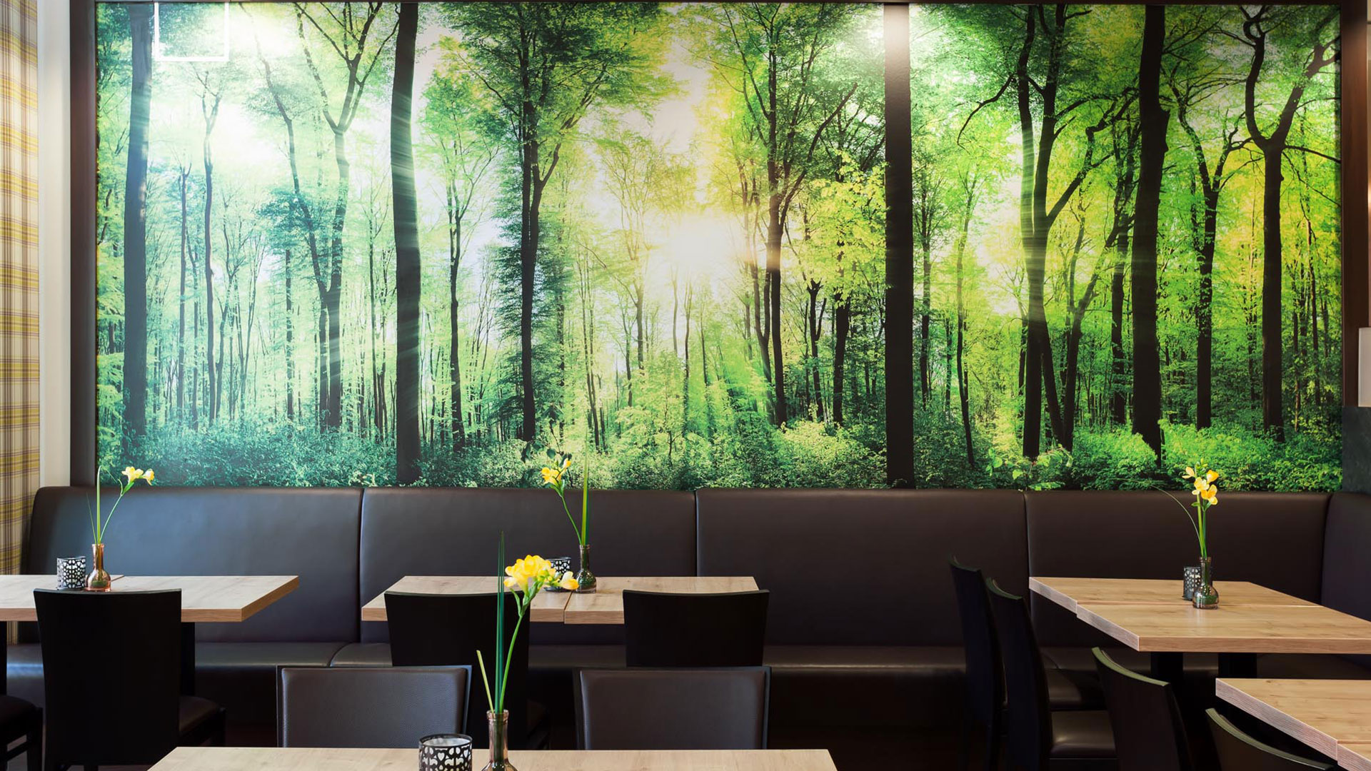 Photo of the restaurant - 01 - Holiday Inn Express Augsburg