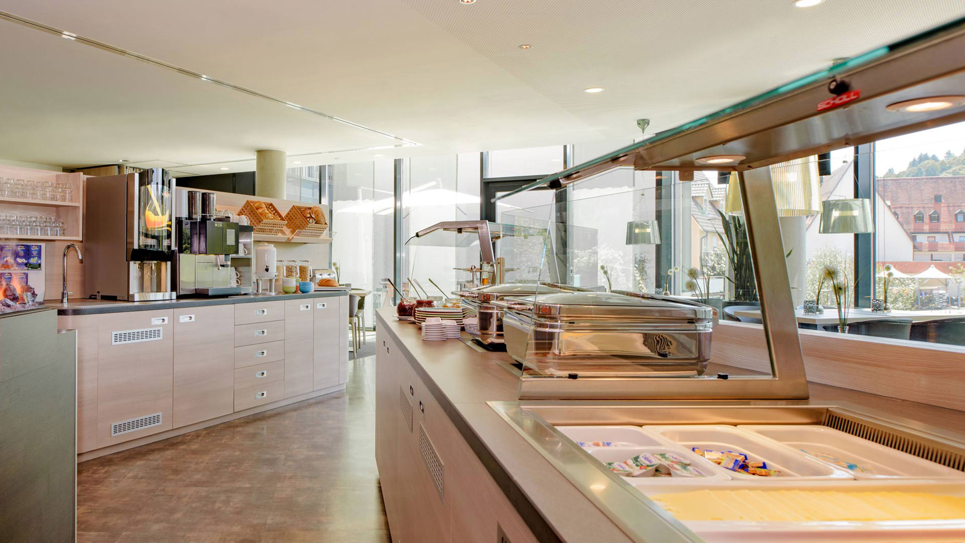 Photo of the breakfast area - 02 - ibis Styles Nagold-Schwarzwald