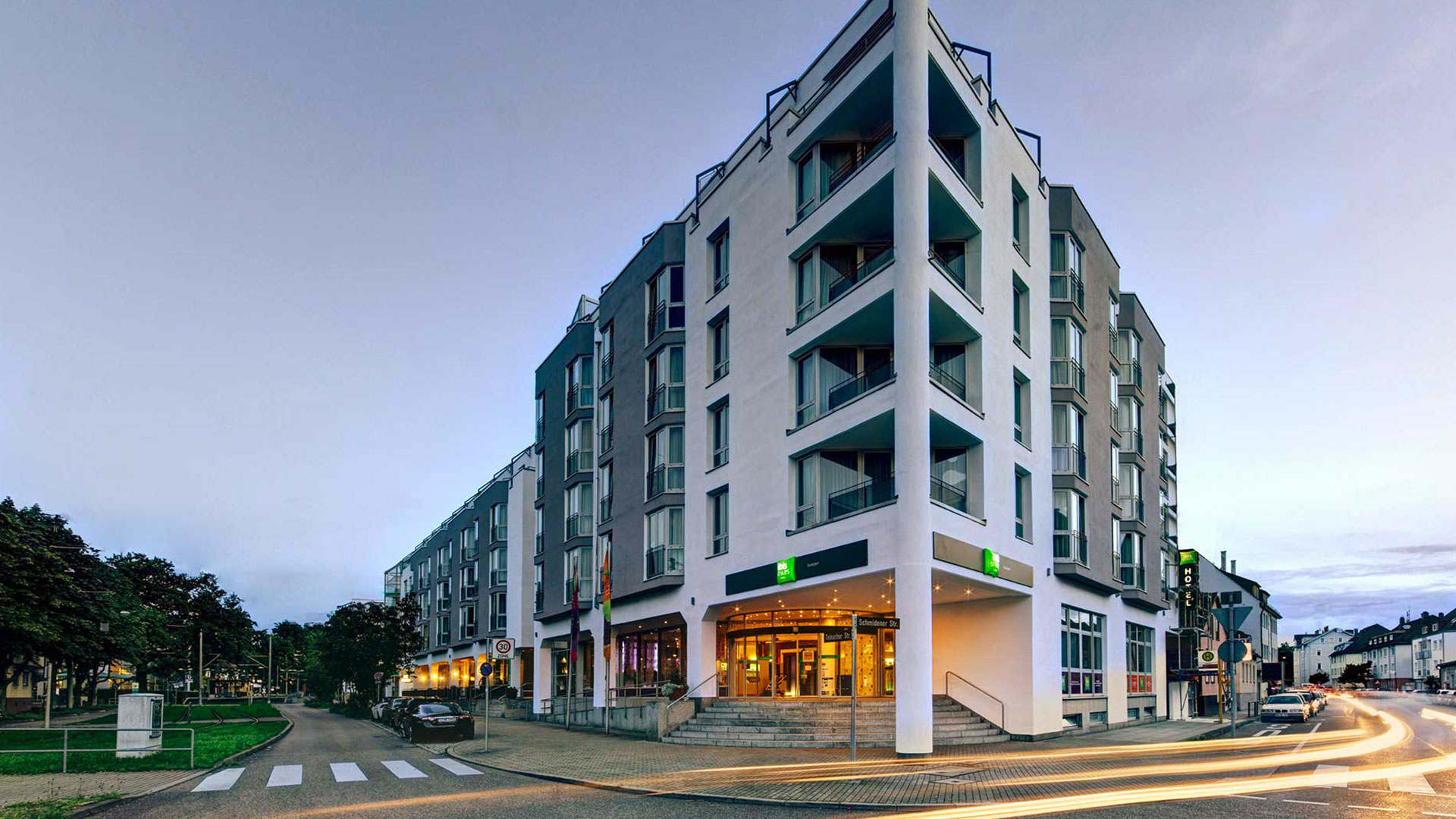 Photo of the exterior view - 01 - ibis Styles Stuttgart