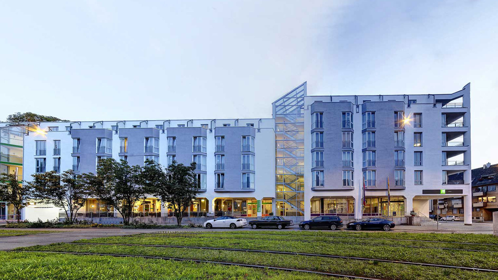 Photo of the exterior view - 02 - ibis Styles Stuttgart