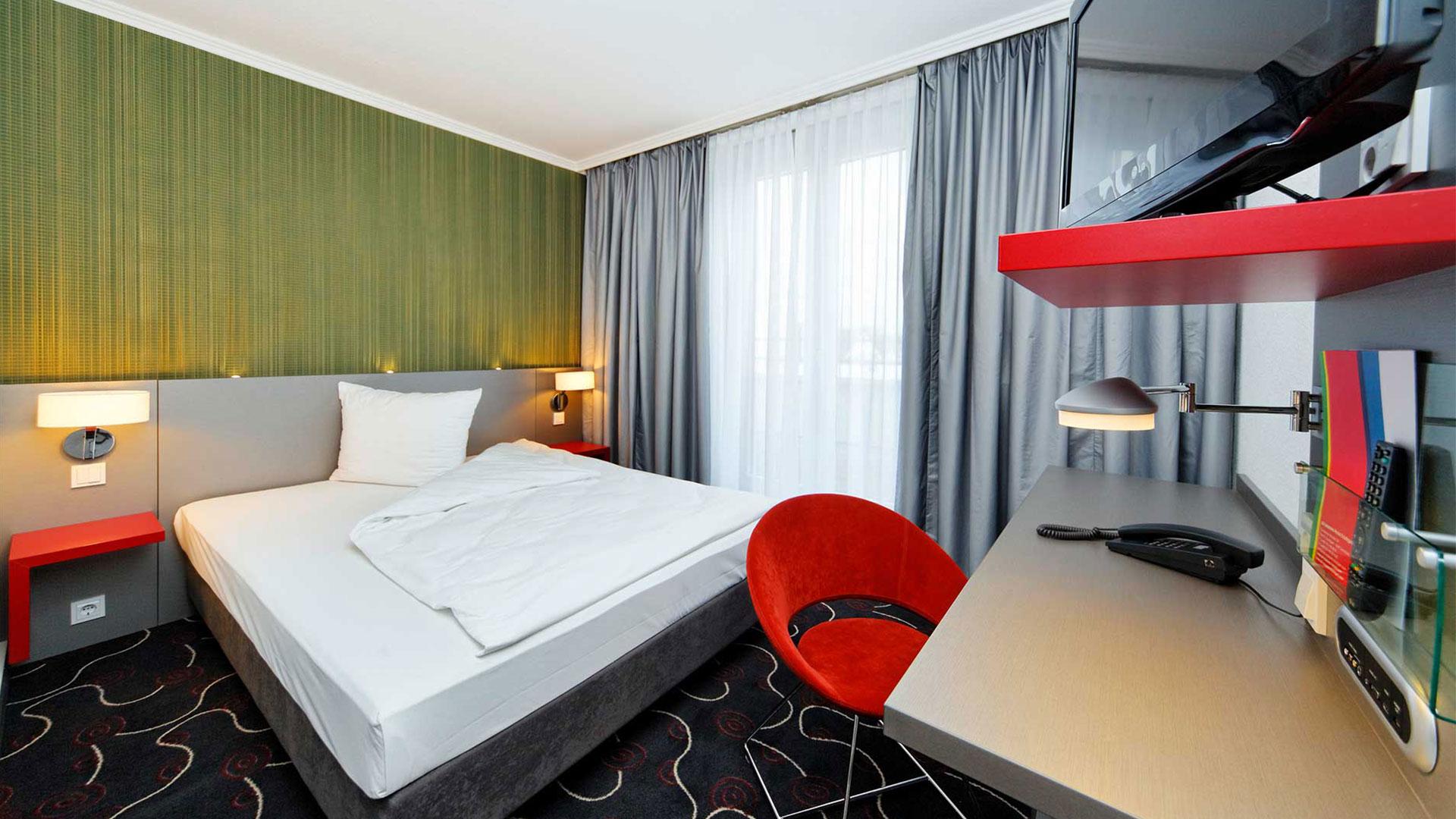 Photo d'une vue de chambre - 03 - ibis Styles Stuttgart