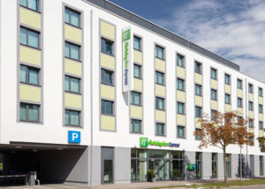 Exterior photo - 01 - Holiday Inn Express Augsburg