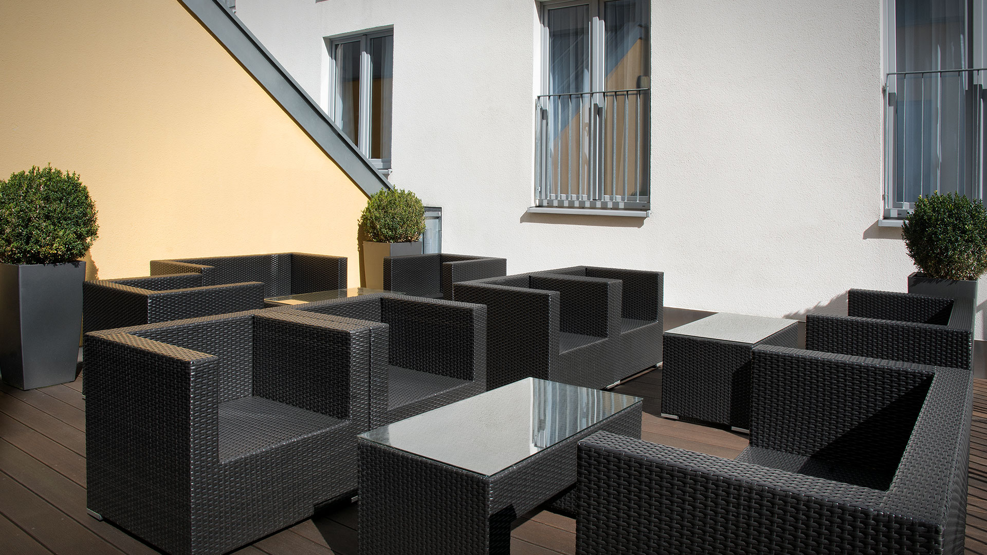 Photo of the outdoor lounge - Holiday Inn Express Baden-Baden