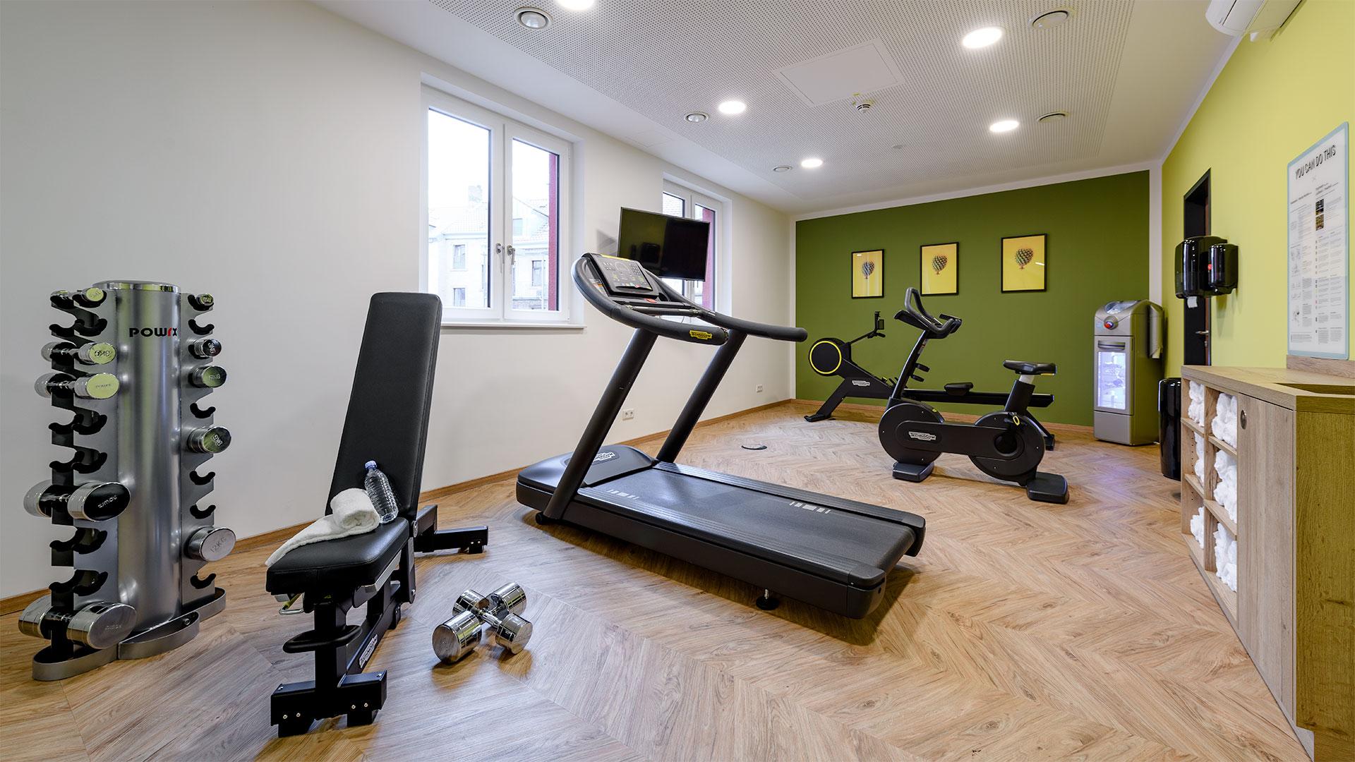 Ansicht des Fitnessraums - 01 - ibis Styles Aschaffenburg