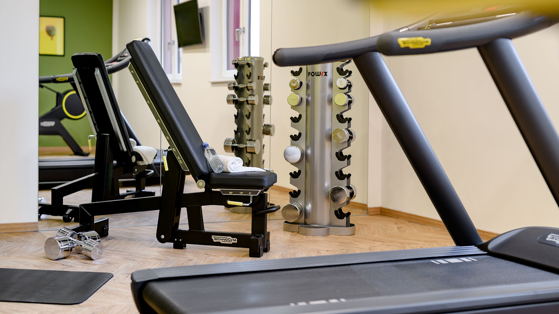 Ansicht des Fitnessraums - 02 - ibis Styles Aschaffenburg
